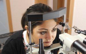 Irisdiagnose -mit dem Irismikroskop