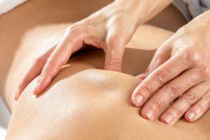 Grifftechnik bei der Rückenmassage